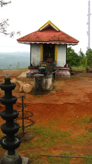 thenmala temple 3