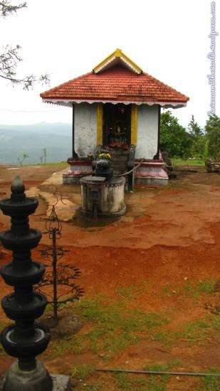 thenmala temple 3