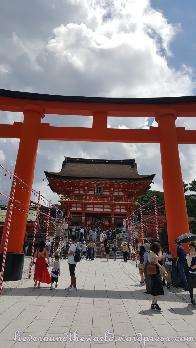 Kyoto The Mystery World Of Shinto And Geishas Lieve Round The - Shinto religion